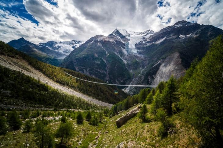 montaña suiza El Matterhorn